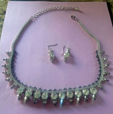 E'clat Necklace & Earrings
