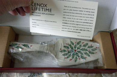 Lenox Holiday Server