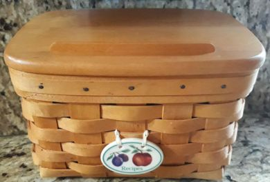 LONGABERGER 1997 RECIPE BASKET with WoodCrafts LID and TIE ON